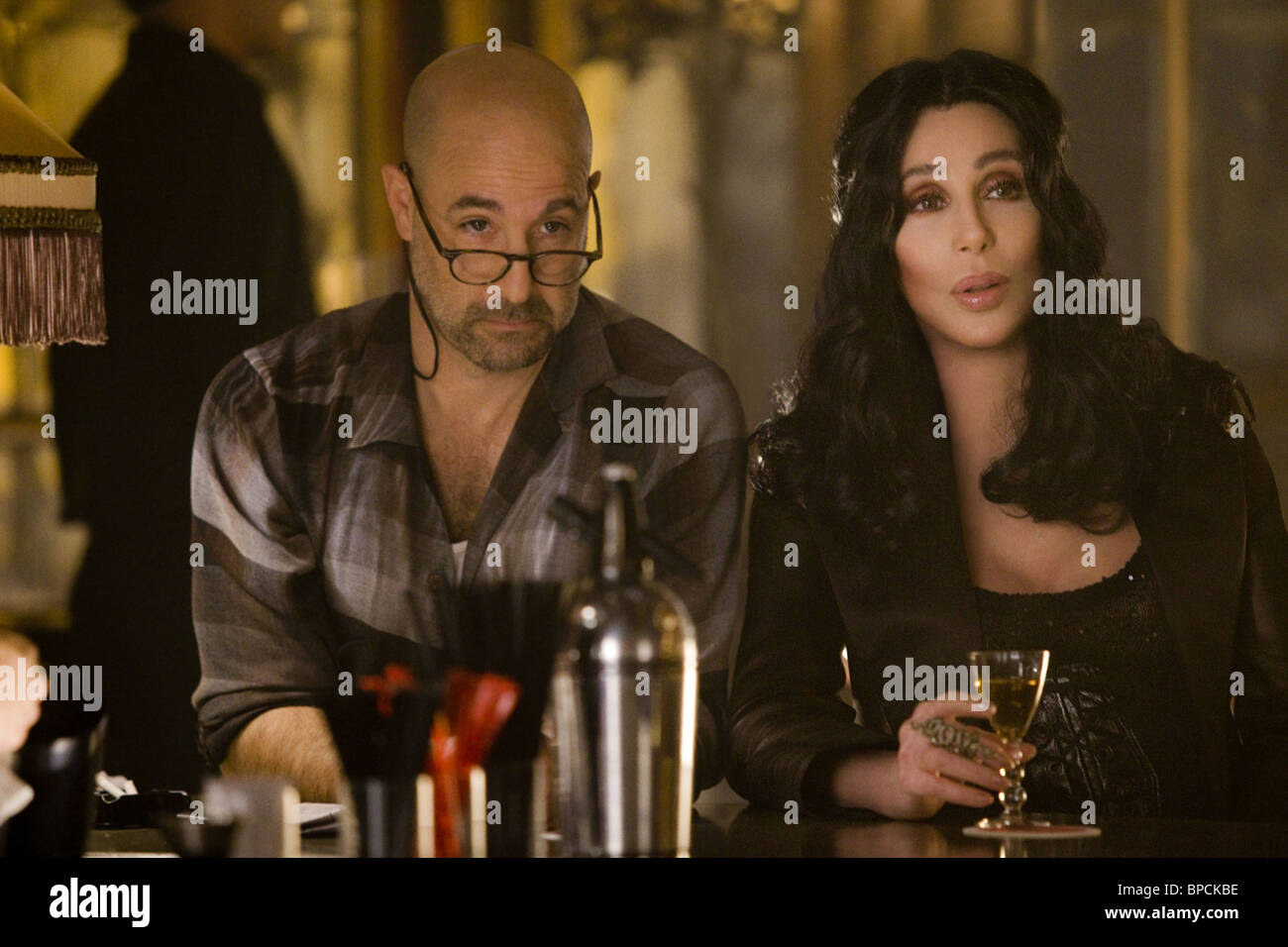 BURLESQUE (2010) CHER, STANLEY TUCCI STEVEN ANTIN (DIR) 001 MOVIESTORE COLLECTION LTD - Stock Image