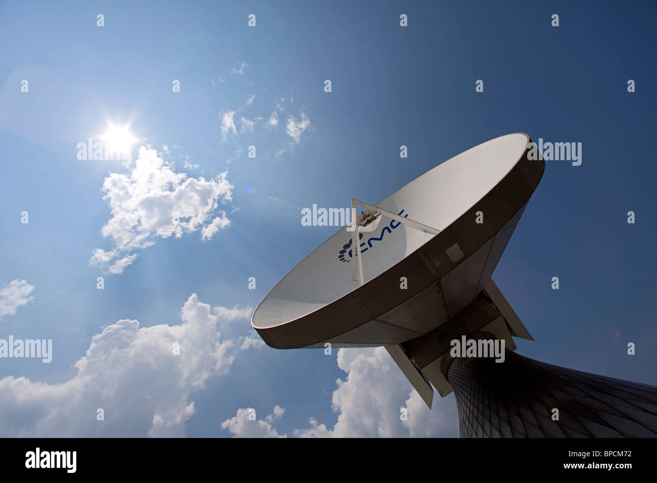 Teleport Stock Photos & Teleport Stock Images - Alamy