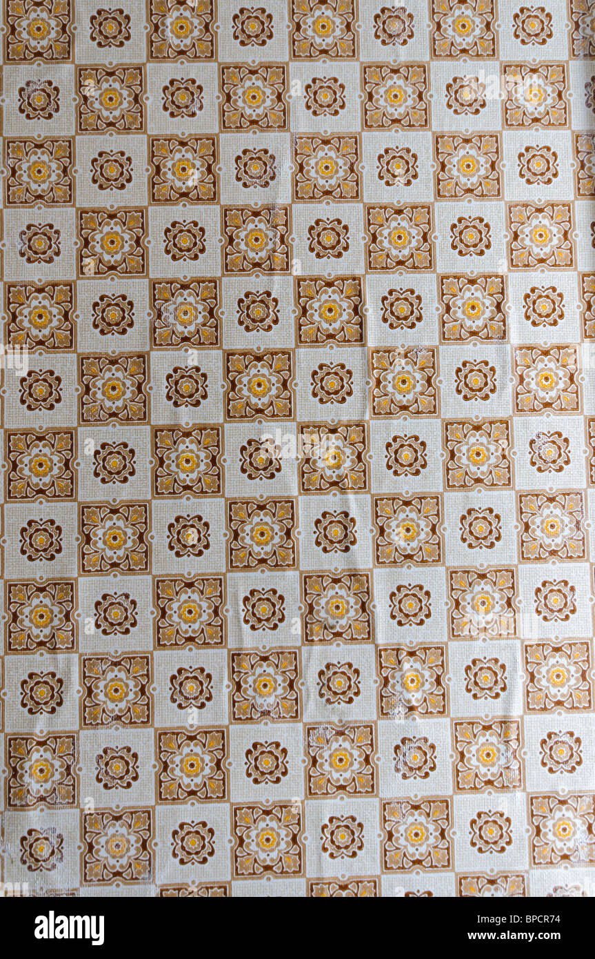 Patterned wallpaper from the 1970s/1980s - Stock Image