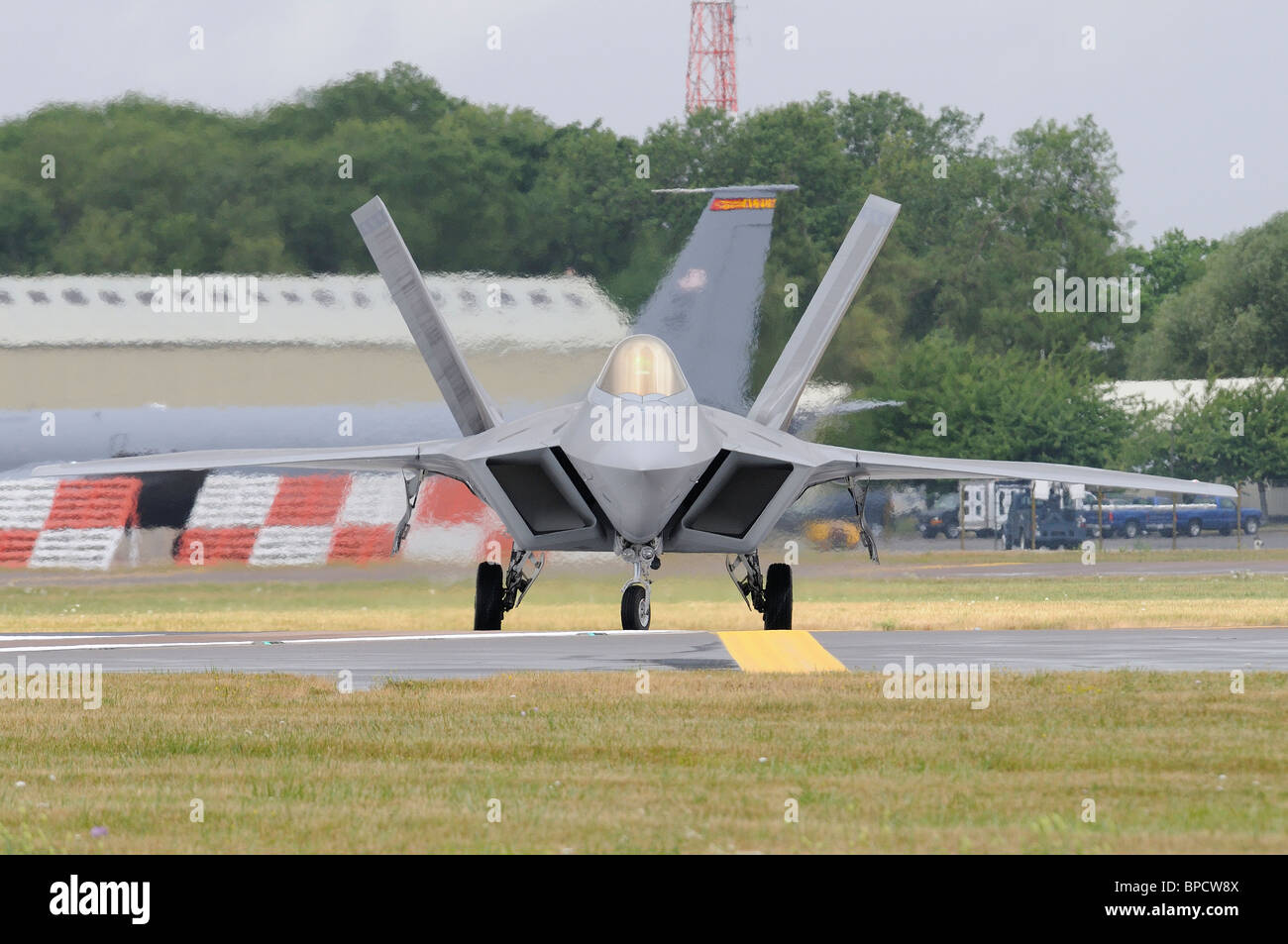 A head on view of the Lockheed Martin F-22 Raptor as it taxis out to take off at the 2010 RIAT Royal International - Stock Image