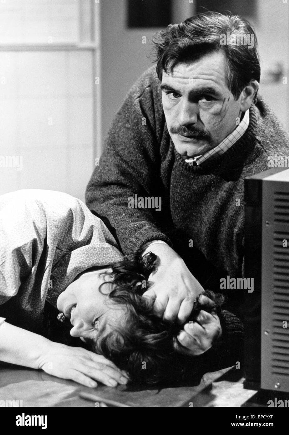 BRIAN COX, PRUNELLA SCALES, UNNATURAL CAUSES, 1986 - Stock Image