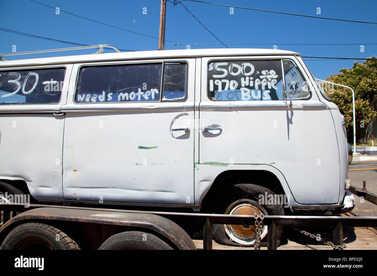 Old Hippie VW van for sale Stock Photo: 31020248 - Alamy