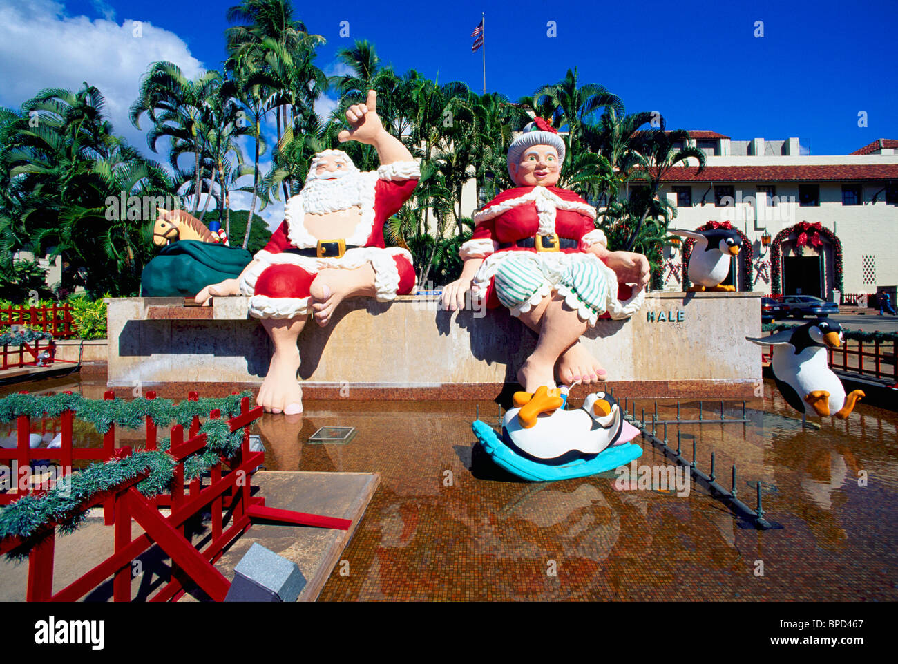 hawaii christmas santa claus and mrs claus decorations honolulu hale city hall