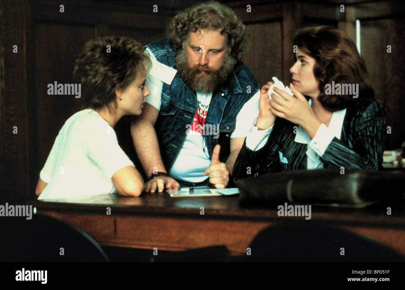 JODIE FOSTER JONATHAN KAPLAN KELLY MCGILLIS THE ACCUSED (1988) - Stock Image