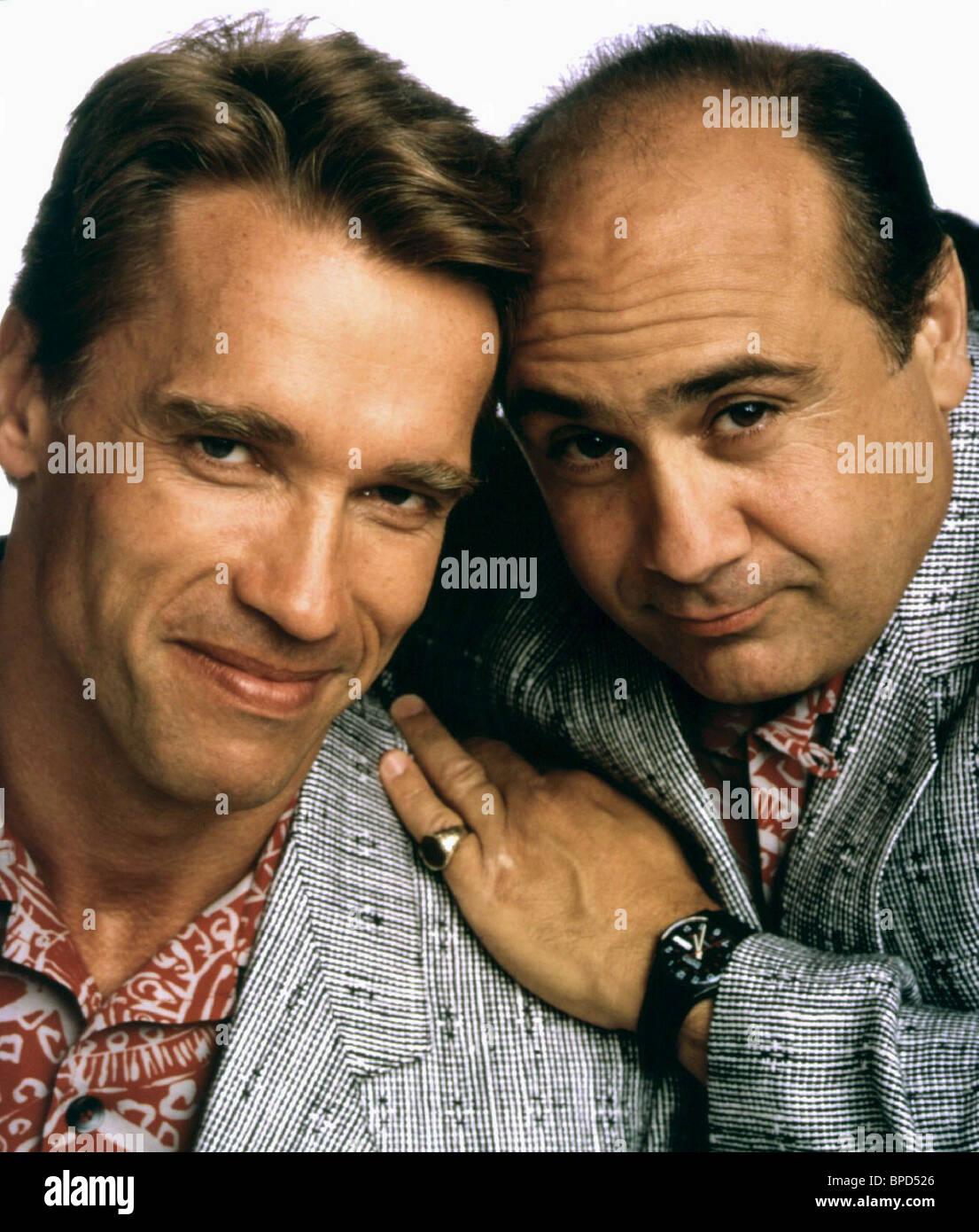 Arnold Schwarzenegger Danny Devito Twins 1988 Stock Photo Alamy