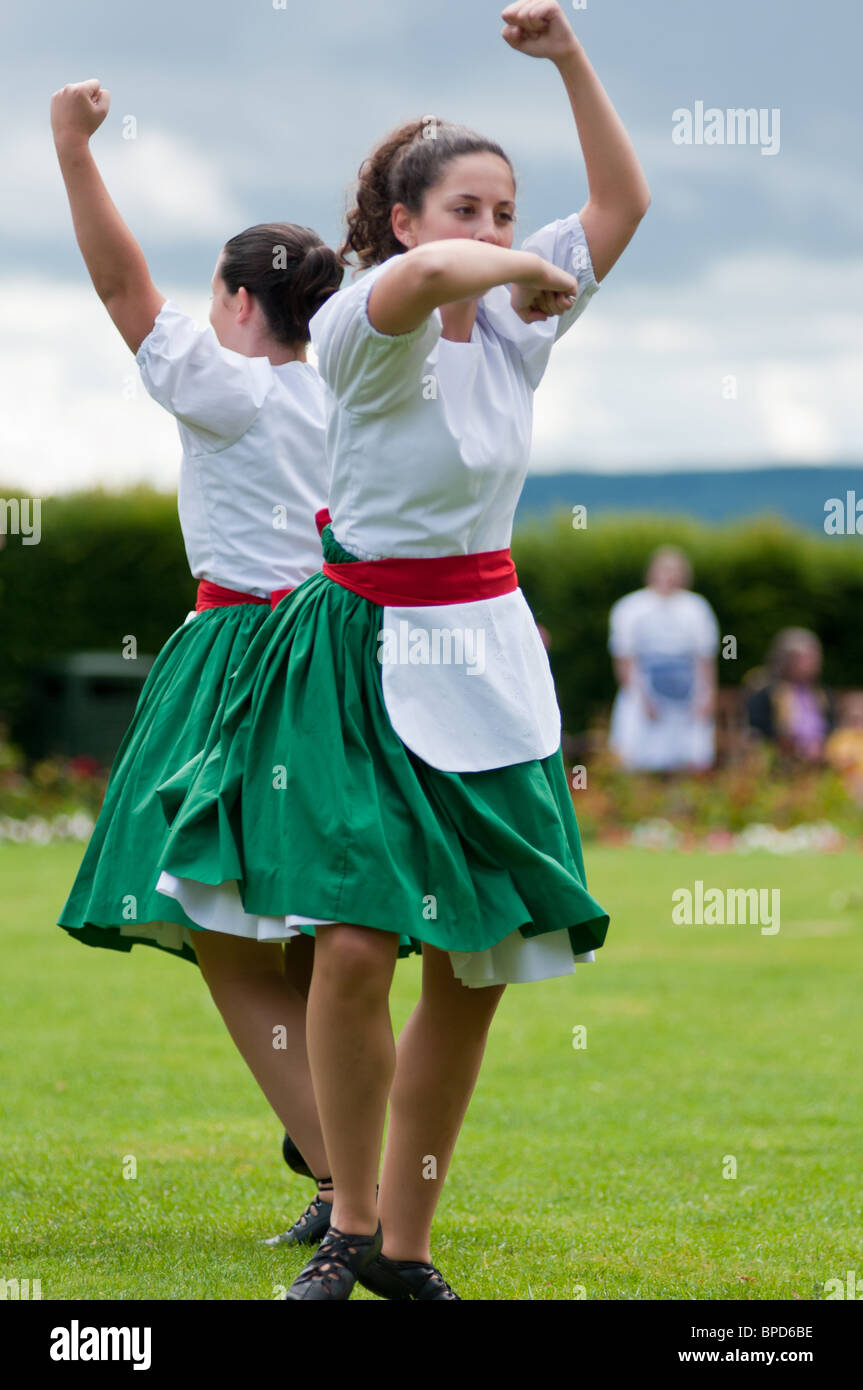 Traditional Dancing Scotland Stock Photos & Traditional ...