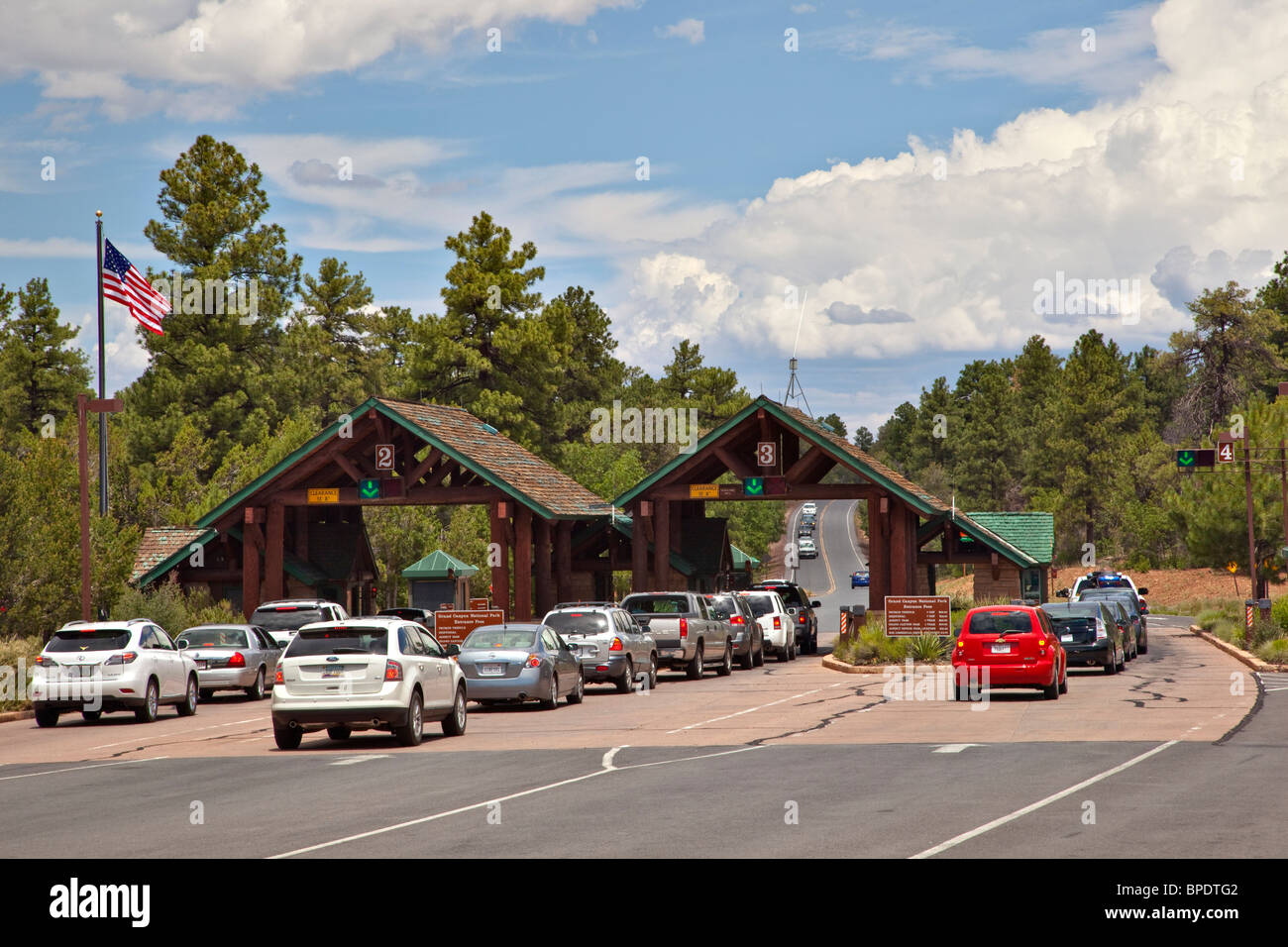 National Park Service Entrance Station at South Rim on busy summer afternoon at Grand Canyon National Park, Arizona, - Stock Image