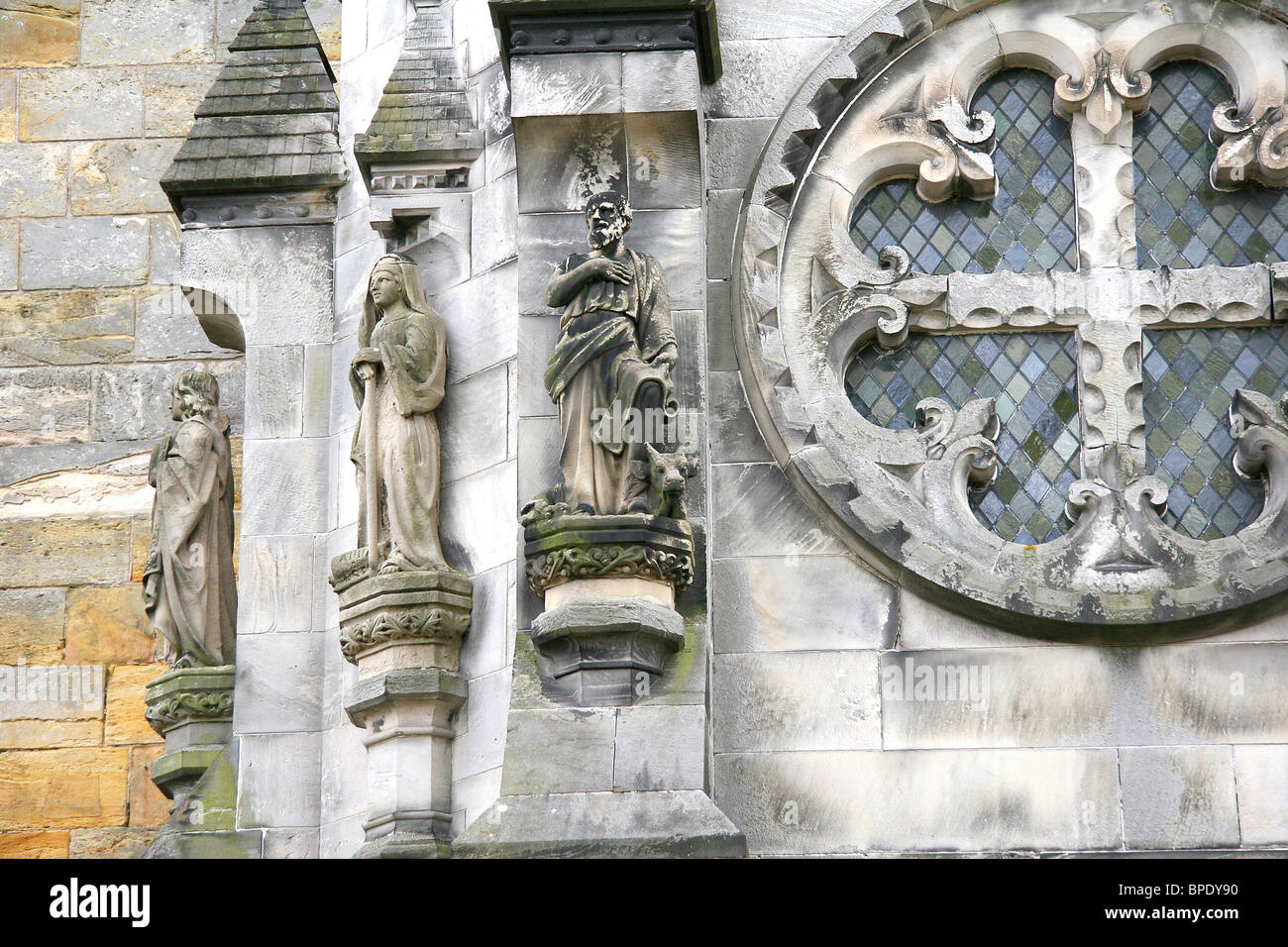 Roslyn, Scotland. Roslyn Chapel, made famous by the book and movie Da Vinci Code is now a major tourist destination. - Stock Image
