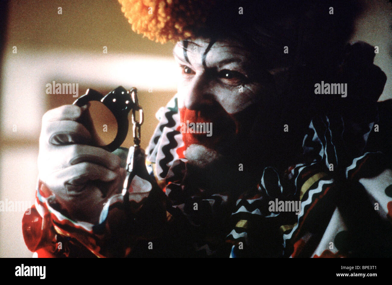 BRIAN DENNEHY TO CATCH A KILLER (1992) Stock Photo