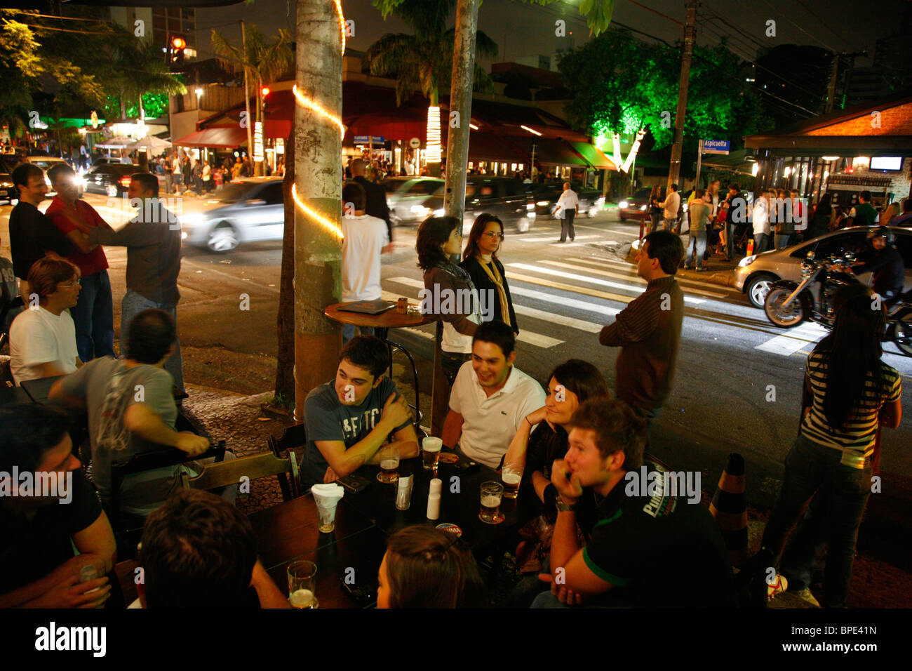 People at the Vila Madalena area known for its Bars restaurants and nighlife scenes. Sao Paulo, Brazil. - Stock Image