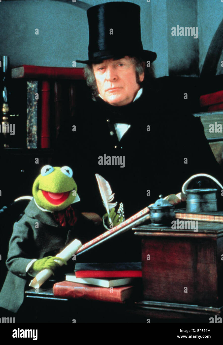 KERMIT THE FROG, MICHAEL CAINE, THE MUPPET CHRISTMAS CAROL