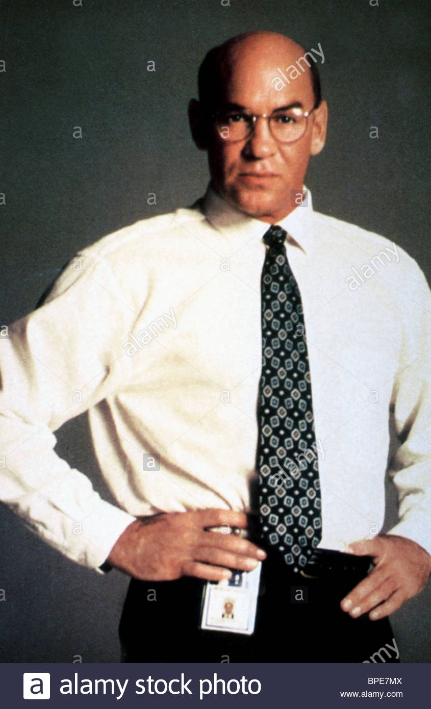 MITCH PILEGGI THE X-FILES (1993) - Stock Image