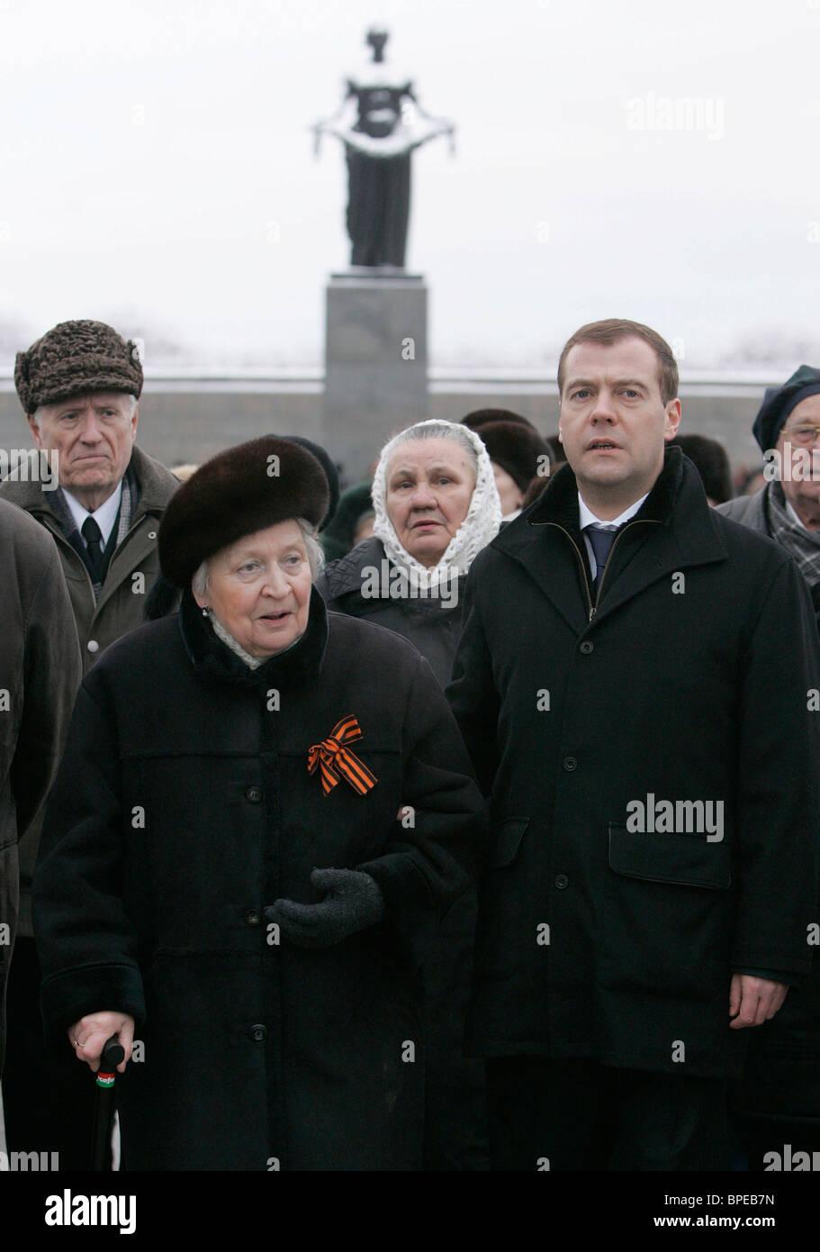 Medvedev commemorates victims of Leningrad blockade - Stock Image