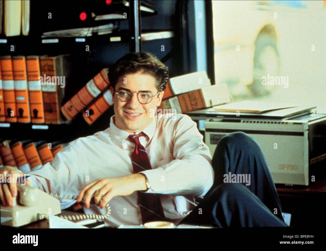 BRENDAN FRASER YOUNGER AND YOUNGER (1993) - Stock Image