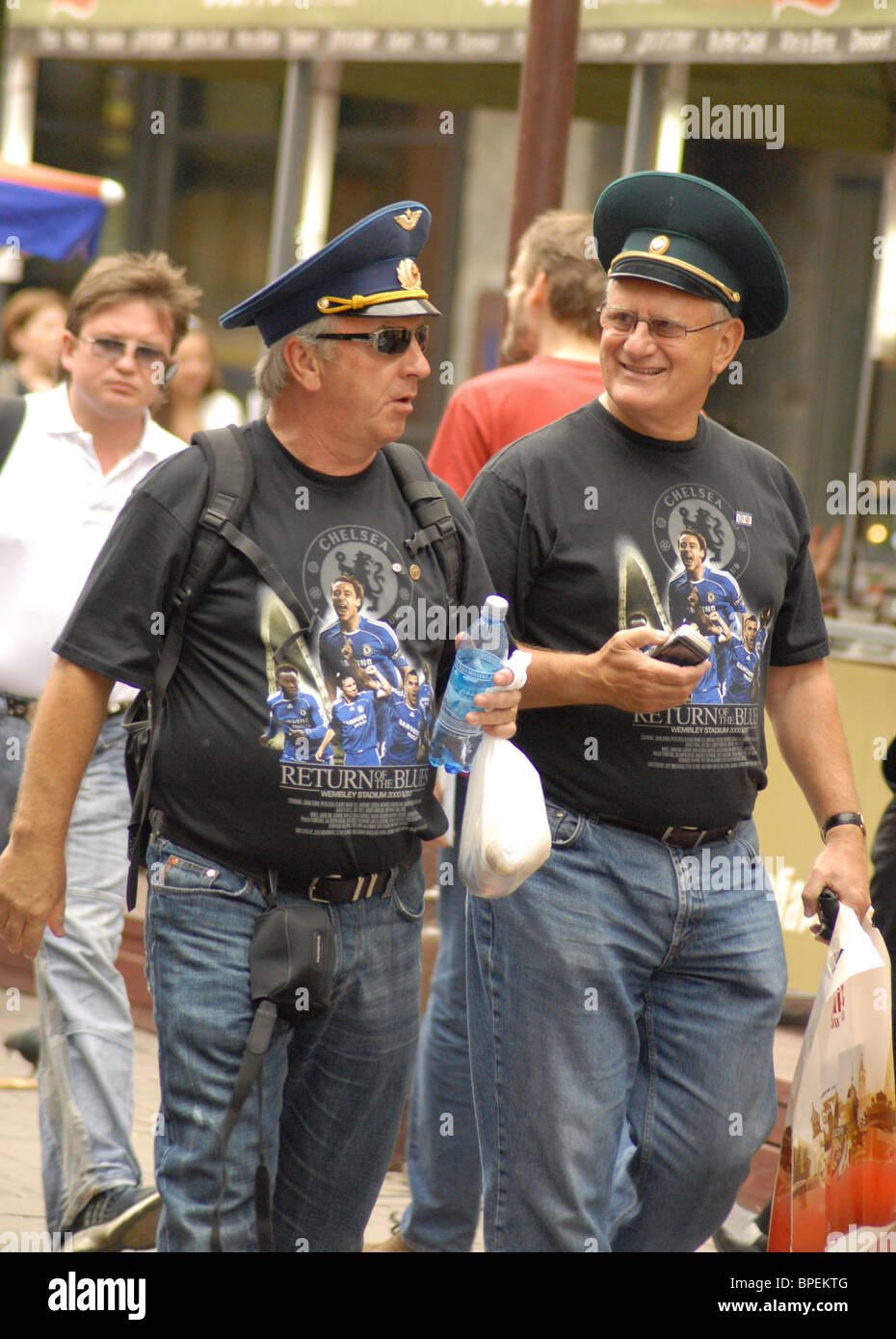 British Chelsea and Man Utd fans touring Moscow - Stock Image
