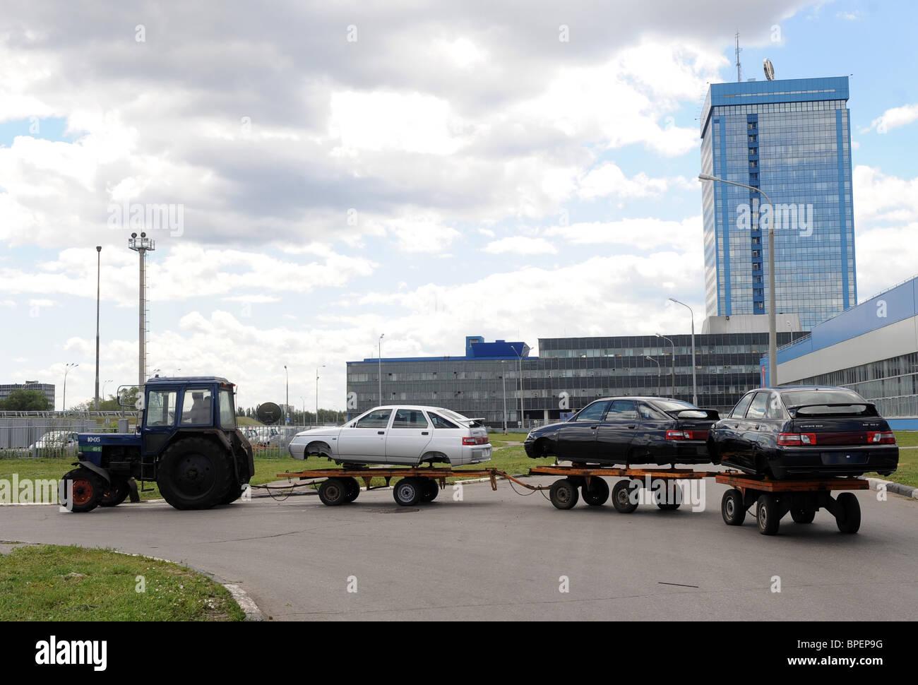 Russian car manufacturer AvtoVAZ produces Lada Kalina sedan in Togliatti - Stock Image