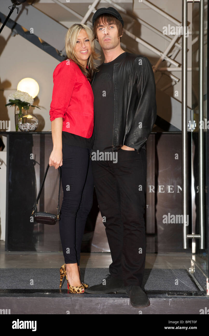 Liam Gallagher and Nicole Appleton arriving at Pretty Green store on July 29th, 2010 - Stock Image