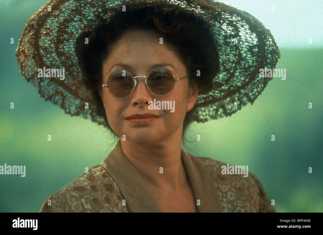 ANGELICA ARAGON A WALK IN THE CLOUDS (1995) - Stock Image