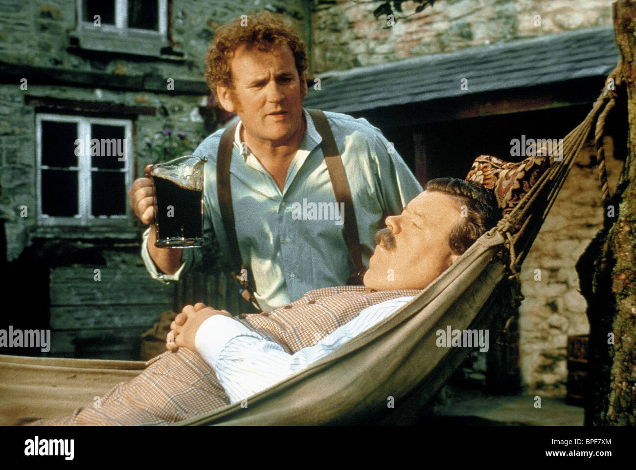 IAN MCNEICE, COLM MEANEY, THE ENGLISHMAN WHO WENT UP A HILL BUT CAME DOWN A MOUNTAIN, 1995 - Stock Image