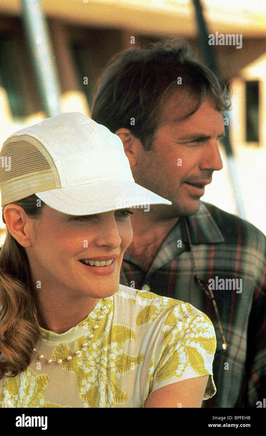 RENE RUSSO   KEVIN COSTNER TIN CUP (1996 Stock Photo  31073543 - Alamy d19a595532a