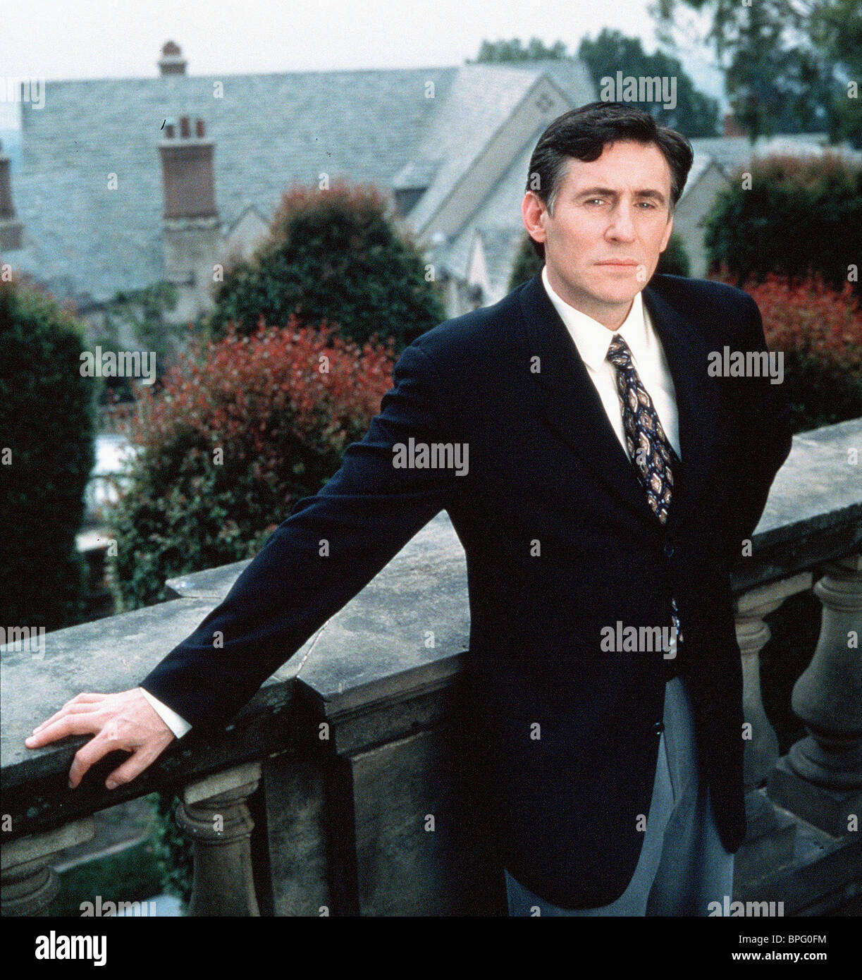 GABRIEL BYRNE WEAPONS OF MASS DISTRACTION; (1997) - Stock Image