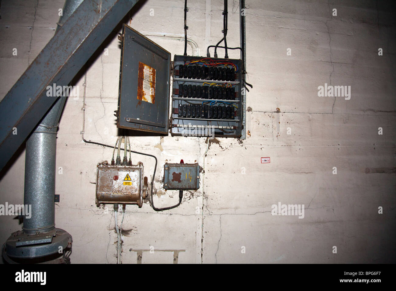 Old Electrical Panel Stock Photos Zinsco Fuse Box Control In A Derelict Factory Wires And Switches Everywhere Image