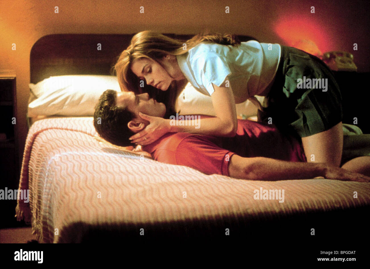 MATT DILLON & DENISE RICHARDS WILD THINGS (1998) - Stock Image
