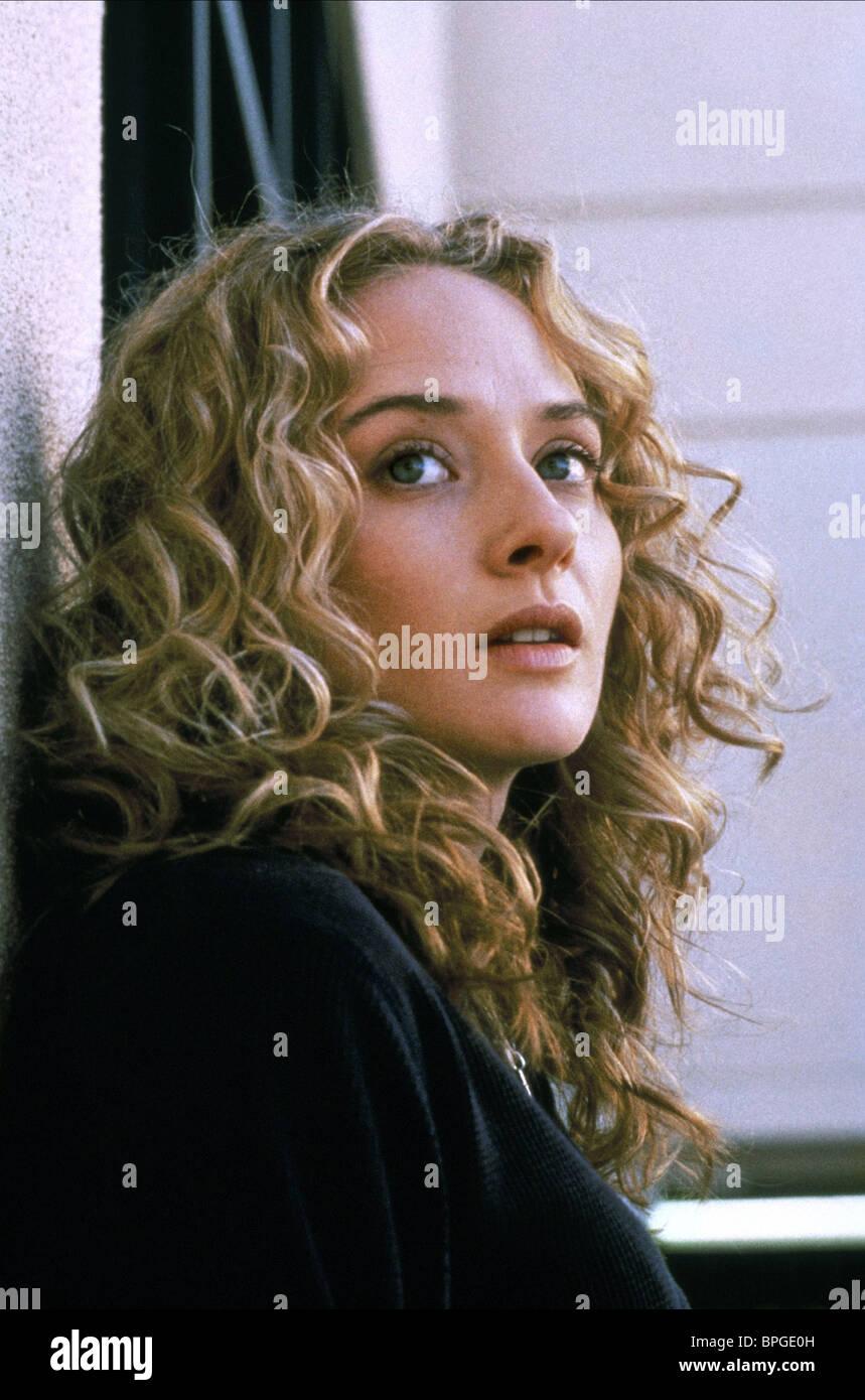 Maria Pitillo beautiful