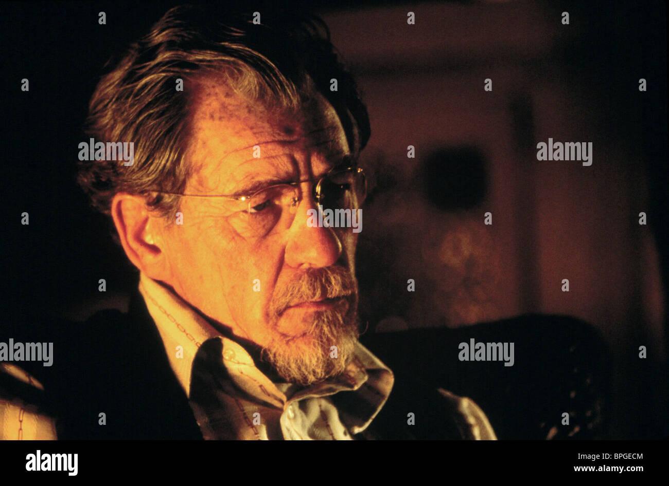 SIR IAN MCKELLEN APT PUPIL (1998) - Stock Image