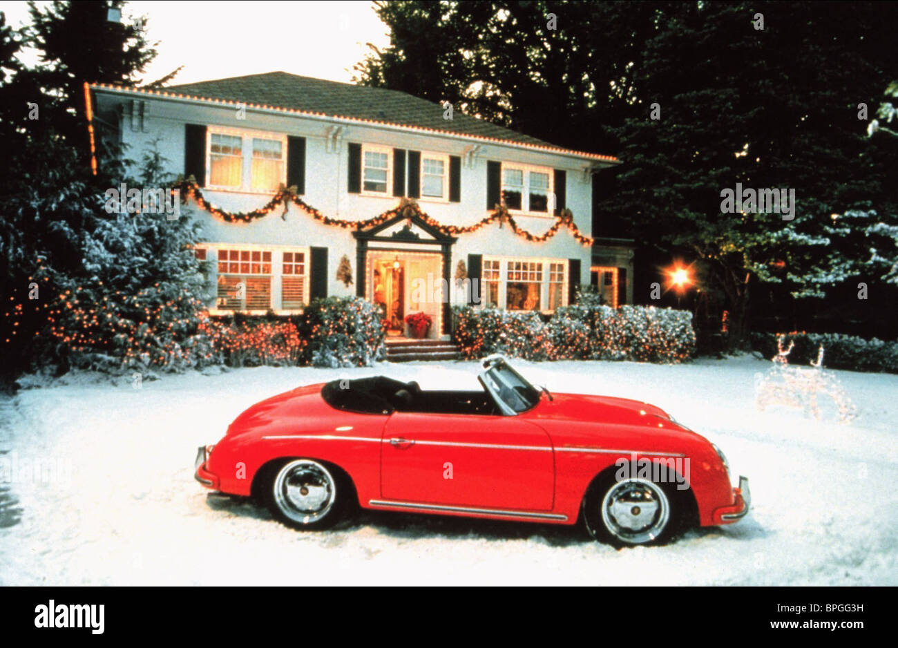 Ill Be Home For Christmas Movie.Car On Snow Covered Lawn I Ll Be Home For Christmas 1998