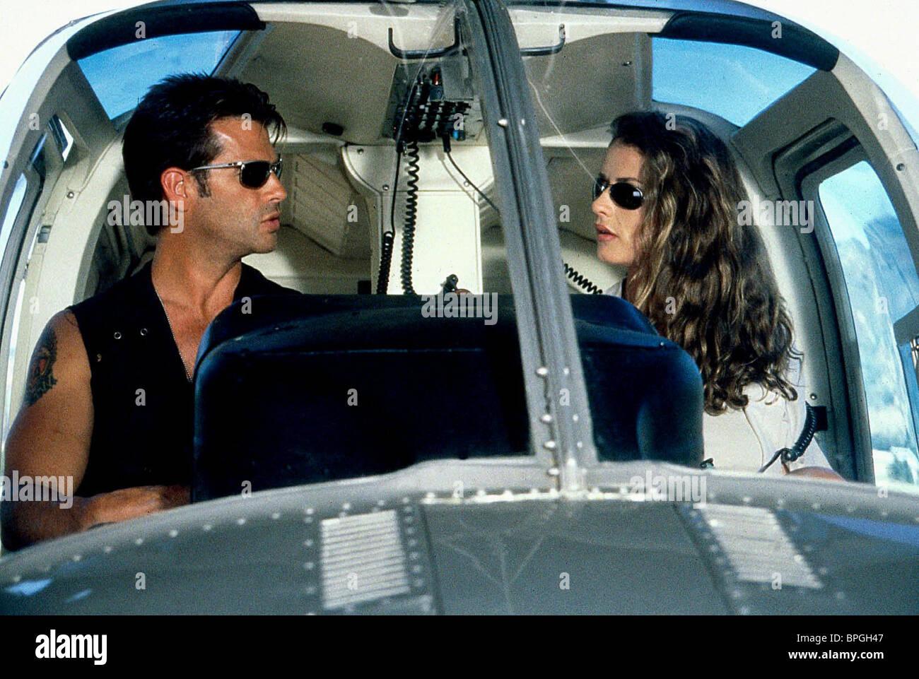 LORENZO LAMAS & NICOLE NAGEL AIR AMERICA (1998)Stock Photo
