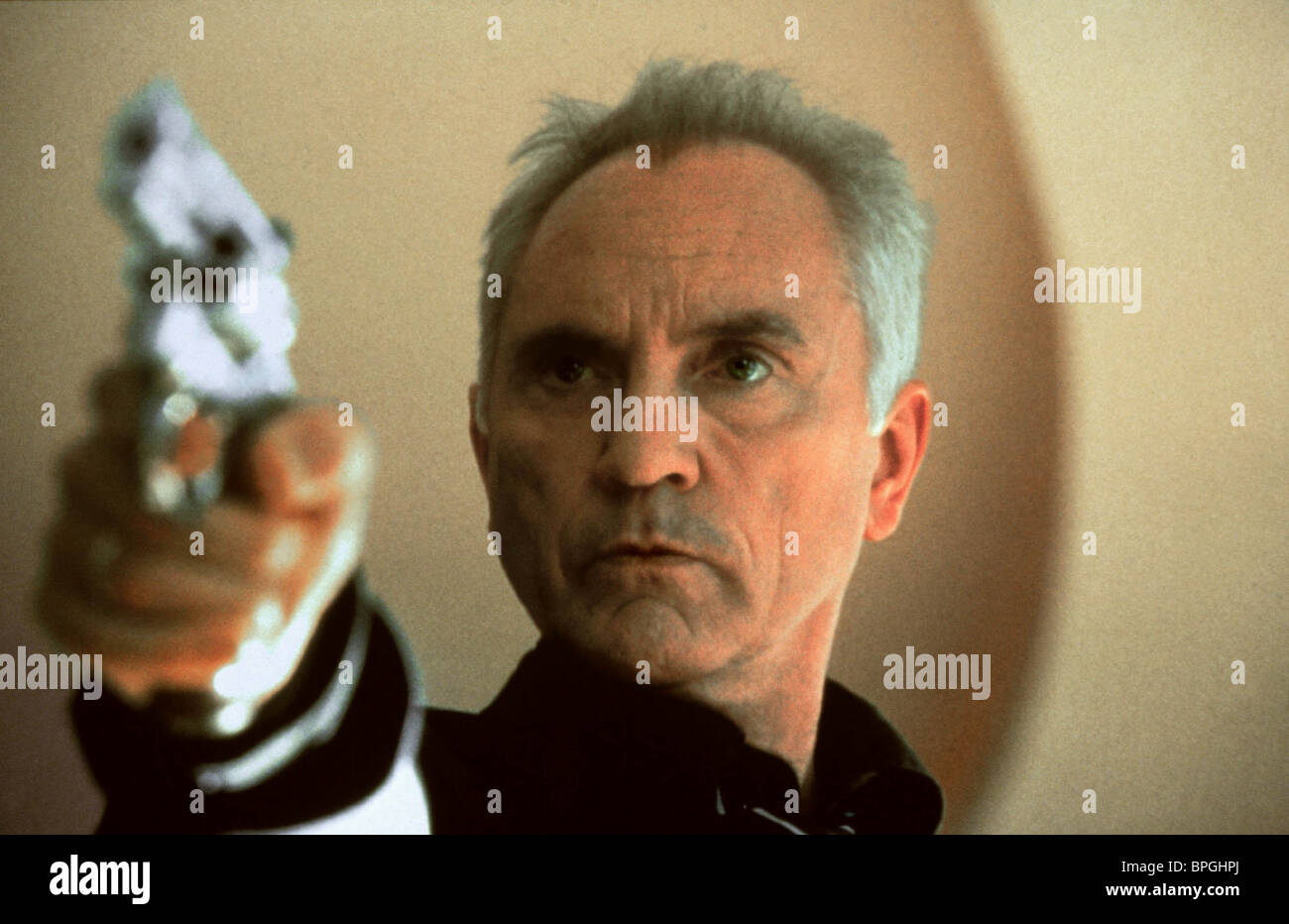 TERENCE STAMP THE LIMEY (1999) - Stock Image
