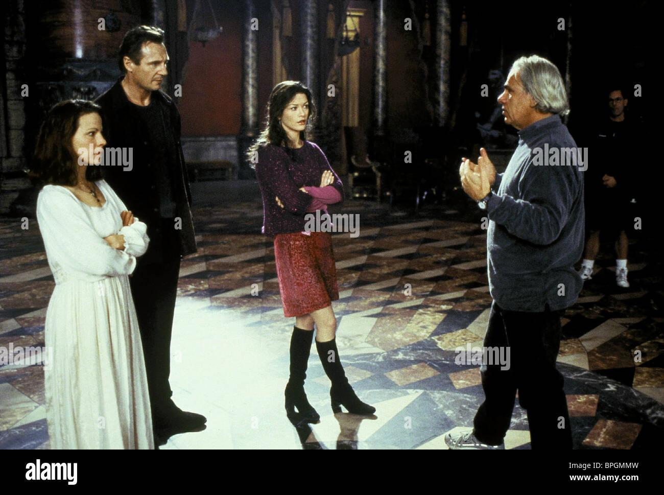 Jan De Bont Cast The Haunting 1999 Stock Photo Alamy