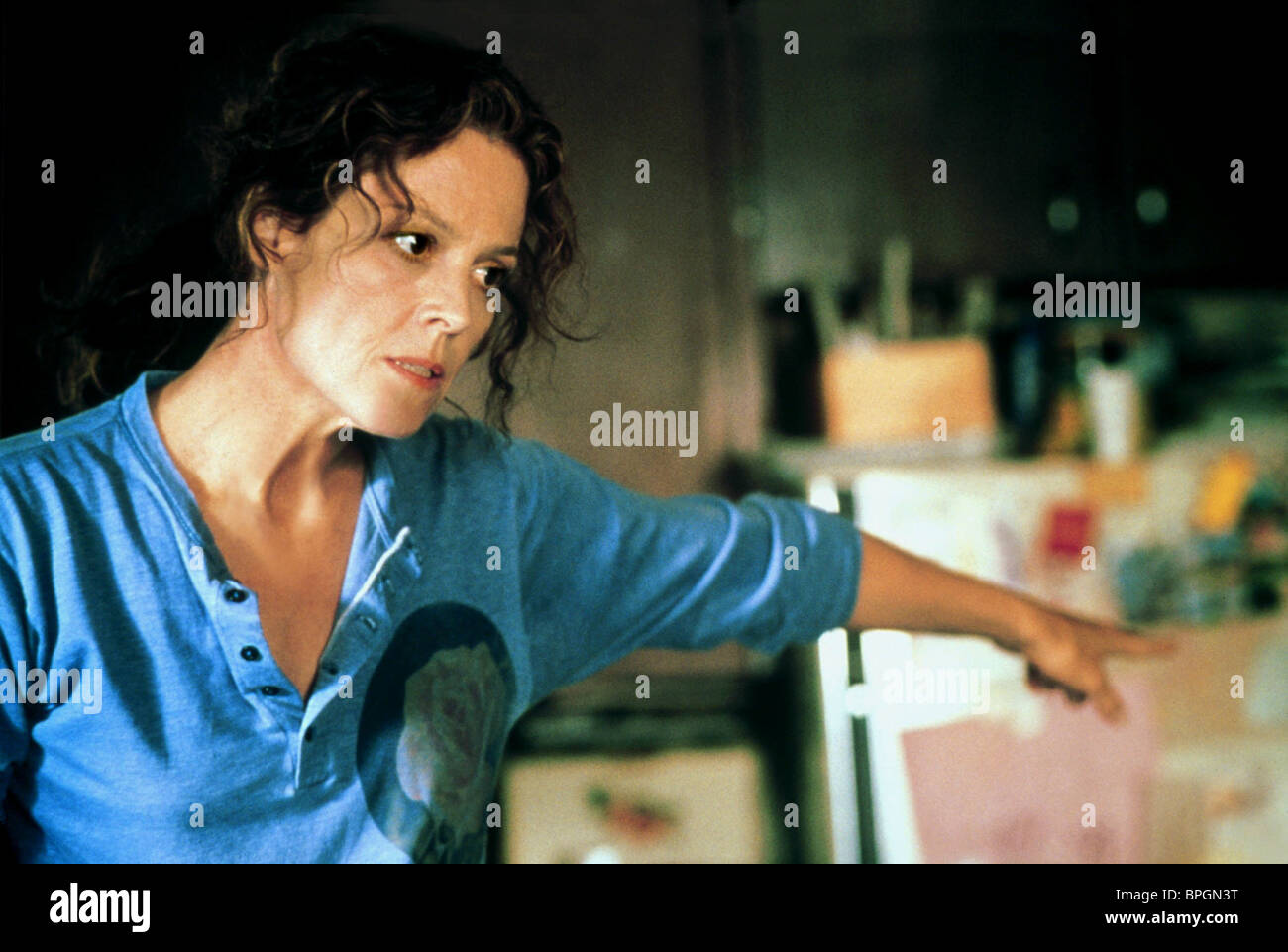 SIGOURNEY WEAVER A MAP OF THE WORLD (1999 Stock Photo: 31100604