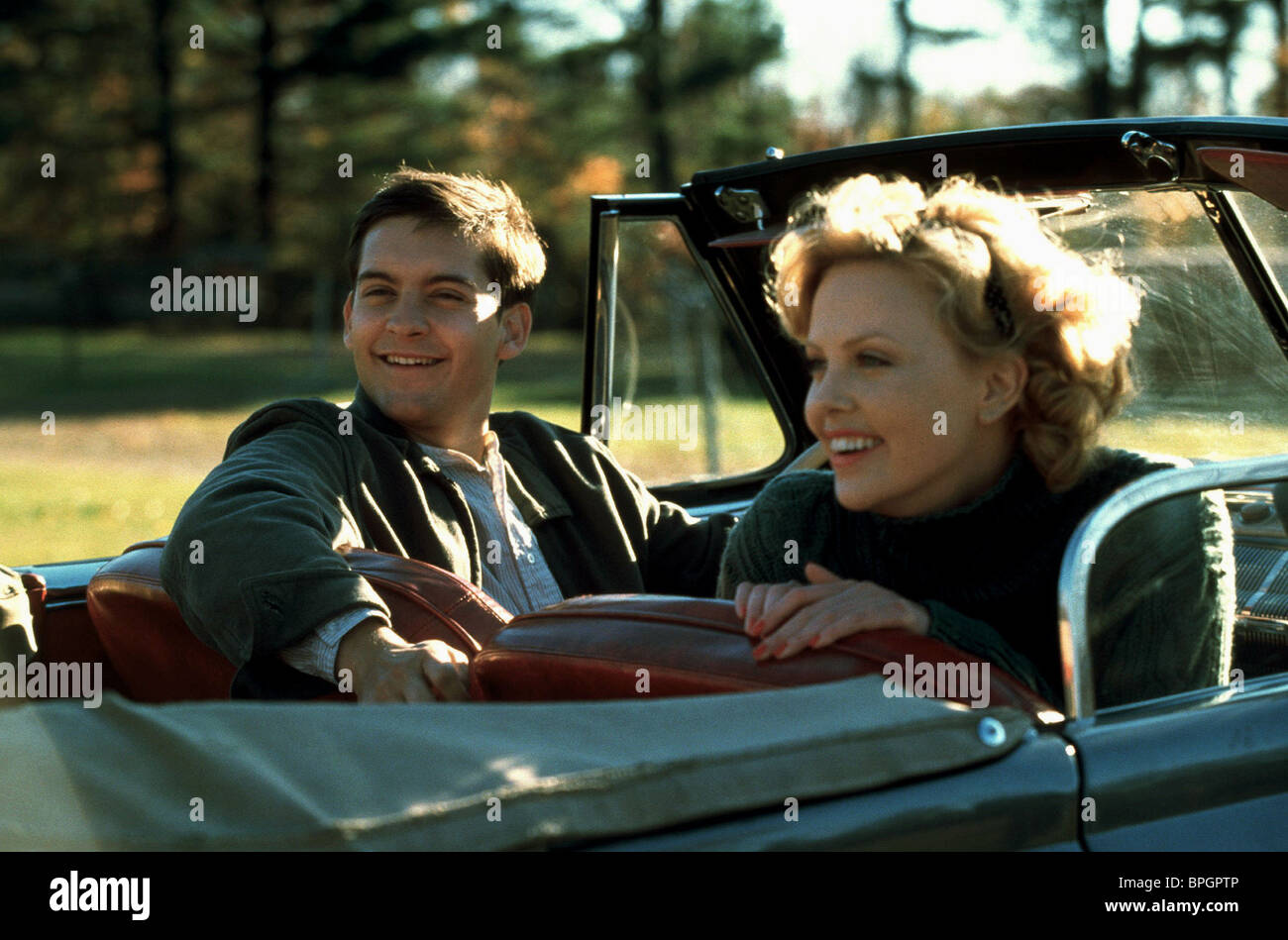 Elegant TOBEY MAGUIRE CHARLIZE THERON THE CIDER HOUSE RULES (1999)