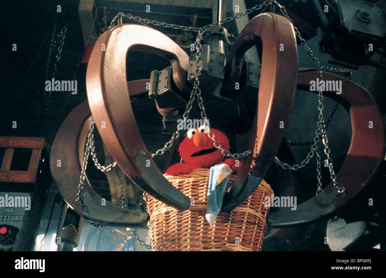 ELMO THE ADVENTURES OF ELMO IN GROUCHLAND (1999) Stock Photo