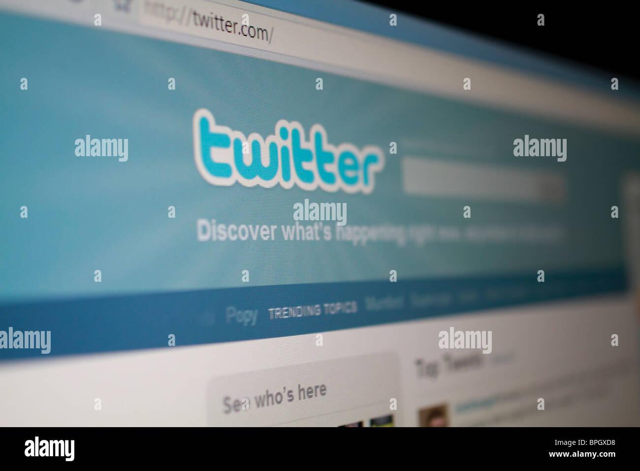 Twitter social networking website splash screen and logo Stock Photo