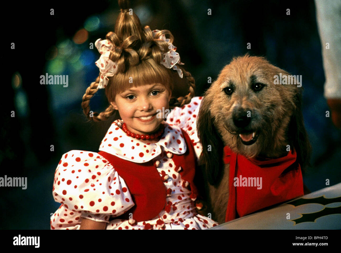 TAYLOR MOMSEN u0026 MAX THE DOG HOW THE GRINCH STOLE CHRISTMAS (2000)  sc 1 st  Alamy & TAYLOR MOMSEN u0026 MAX THE DOG HOW THE GRINCH STOLE CHRISTMAS (2000 ...