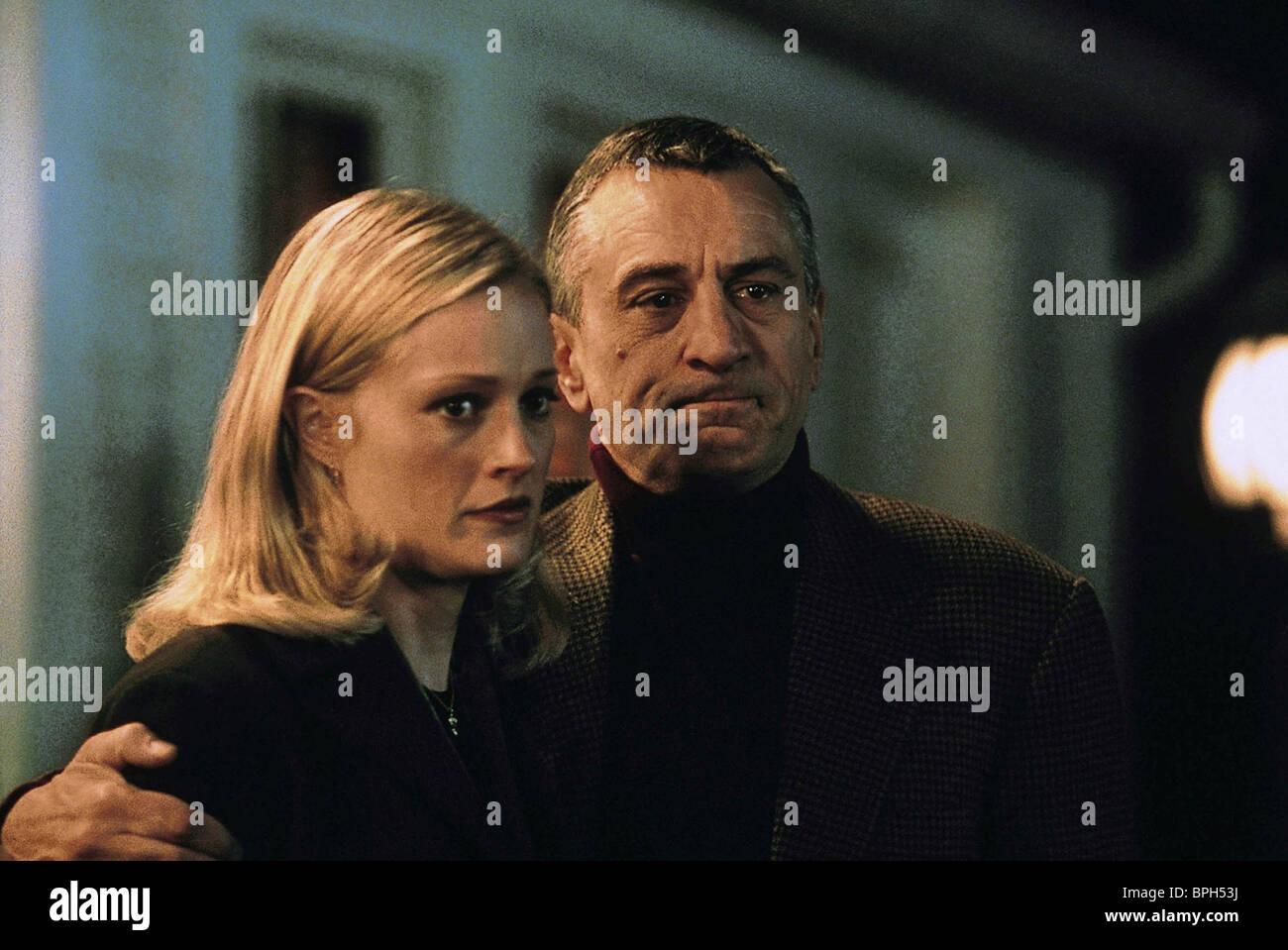 TERI POLO & ROBERT DE NIRO MEET THE PARENTS (2000) - Stock Image