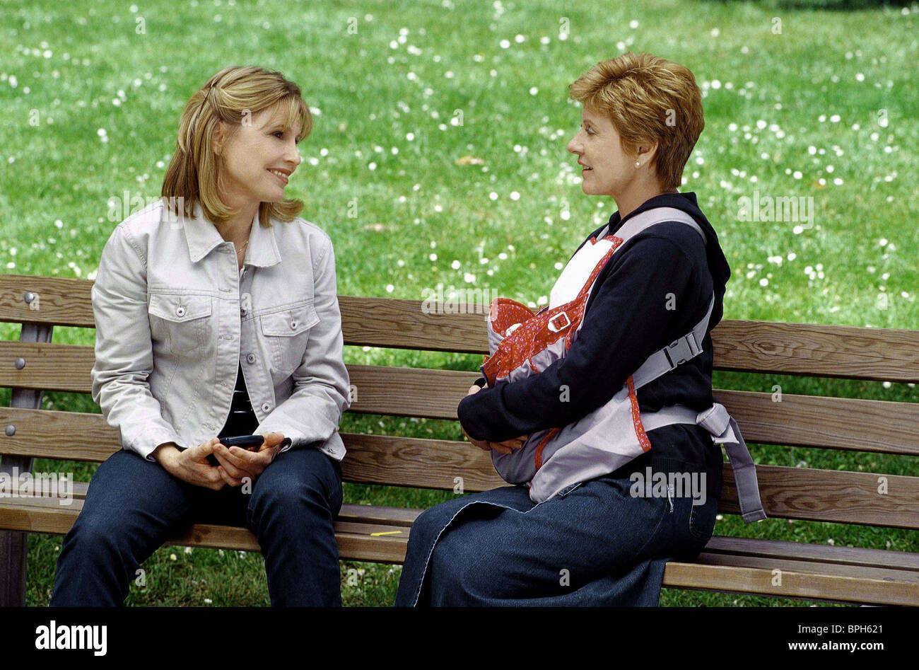 DONNA HANOVER & PATTY DUKE LOVE LESSONS/A TIME TO DECIDE (2000) - Stock Image