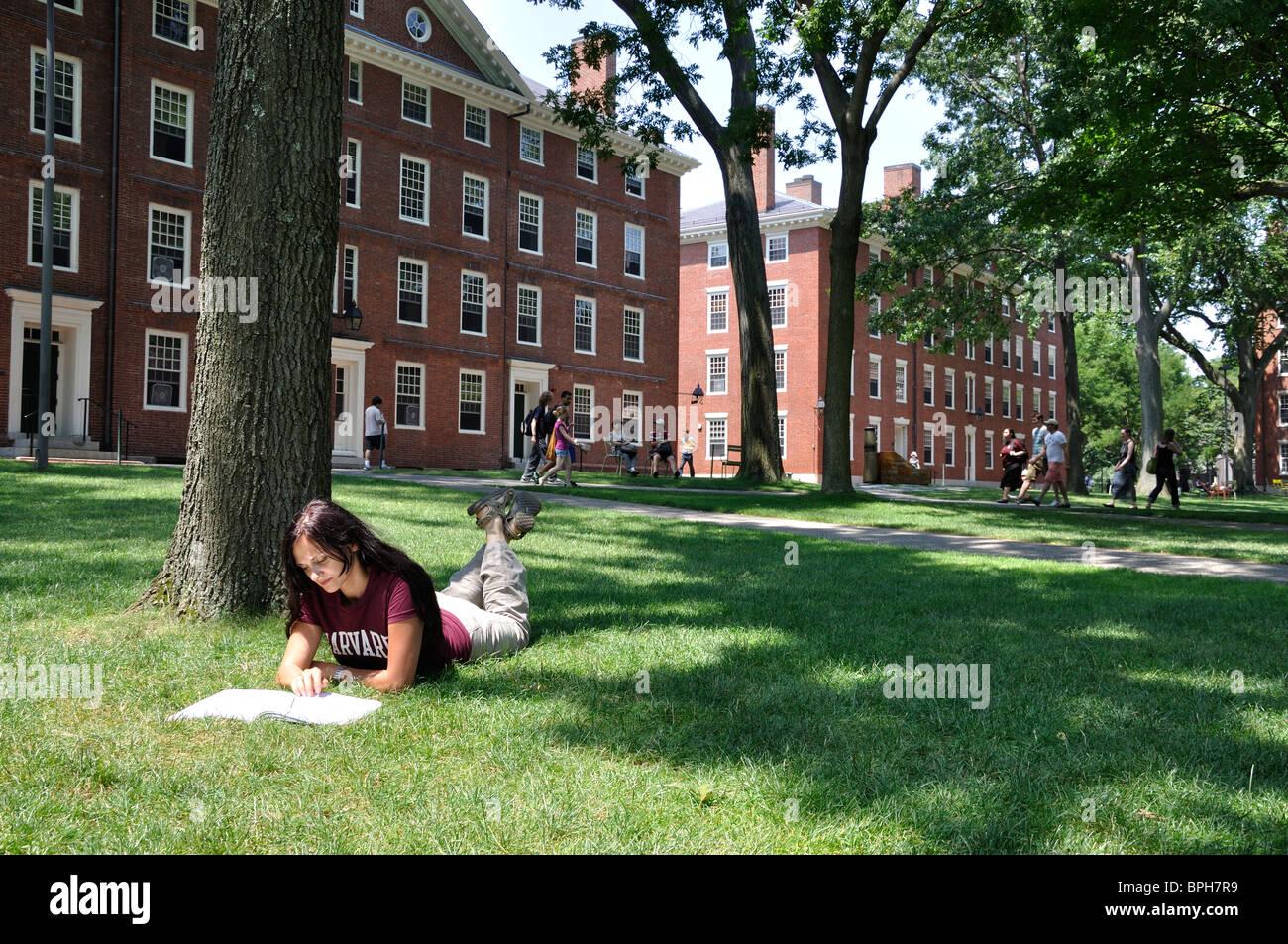 Harvard University Stu...
