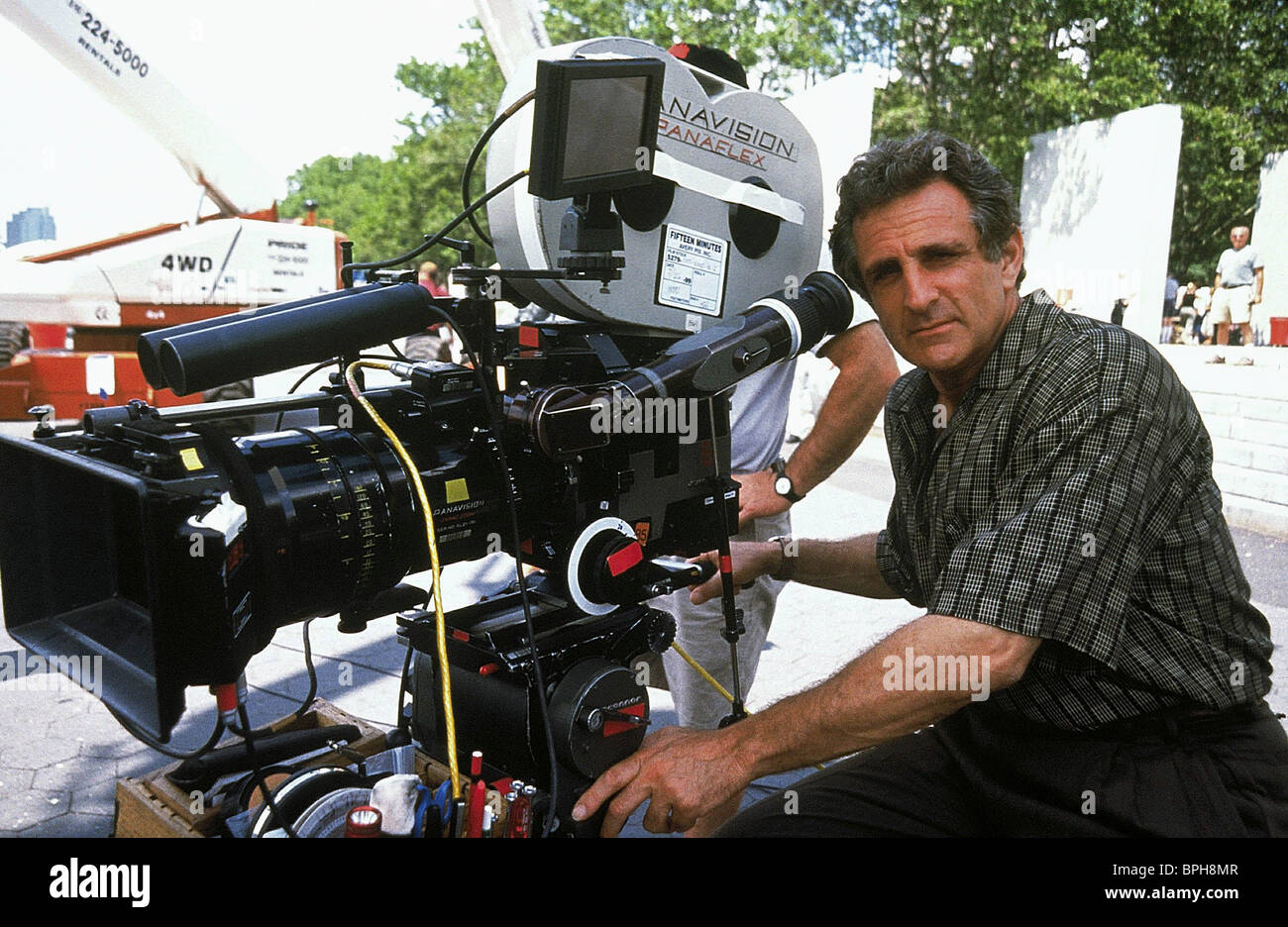 JOHN HERZFELD 15 MINUTES (2001) - Stock Image