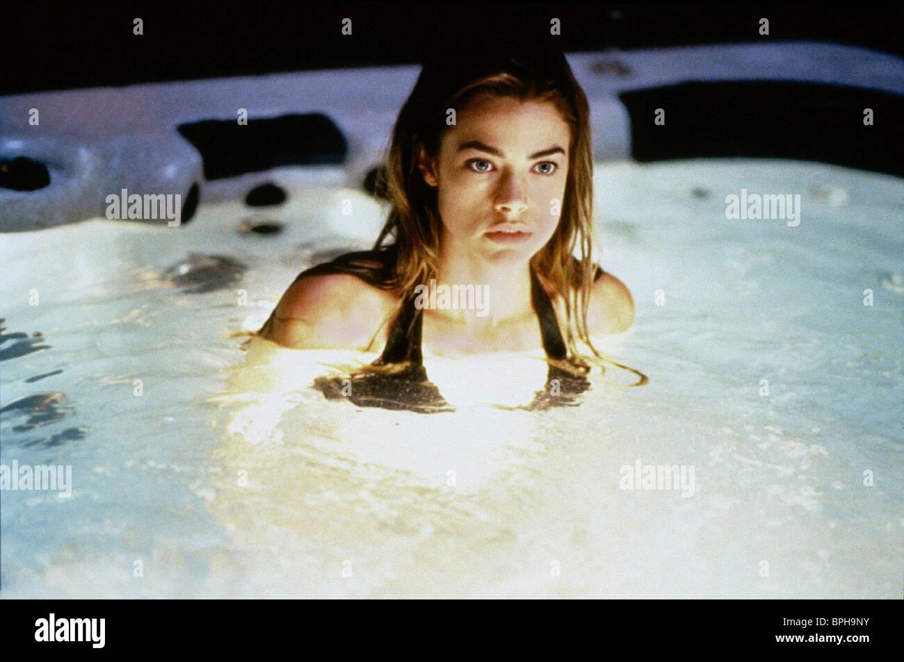DENISE RICHARDS VALENTINE (2001) - Stock Image