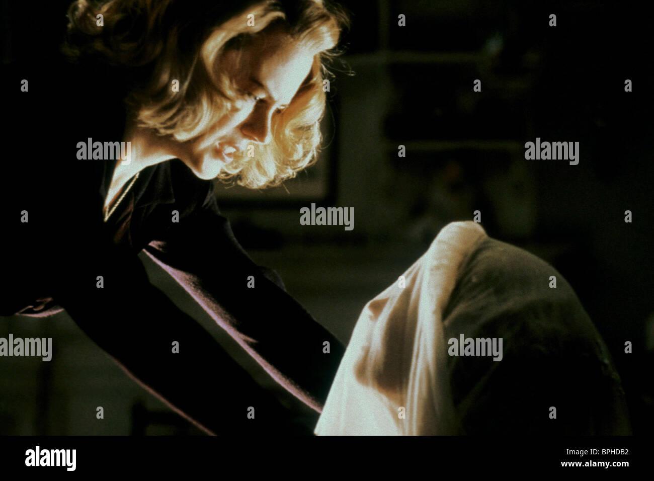 NICOLE KIDMAN THE OTHERS (2001 Stock Photo: 31116486 - Alamy