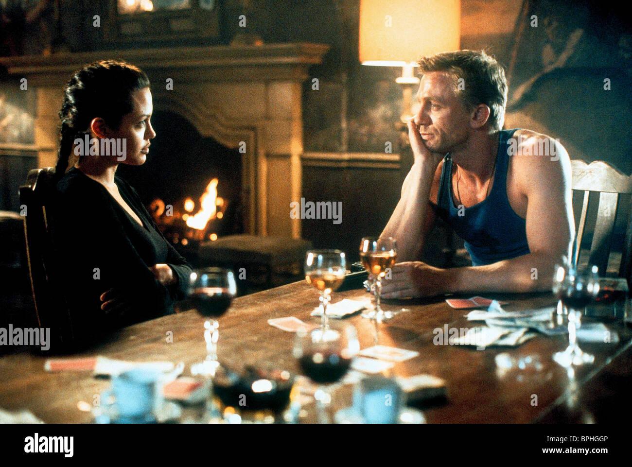 Angelina Jolie Daniel Craig Lara Croft Tomb Raider 2001 Stock