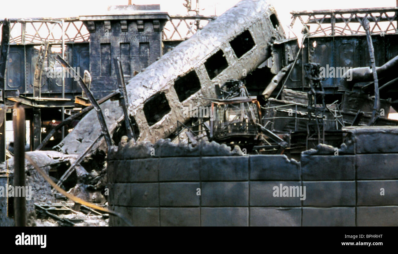 POST-APOCALYPTIC SCENE REIGN OF FIRE (2002) - Stock Image