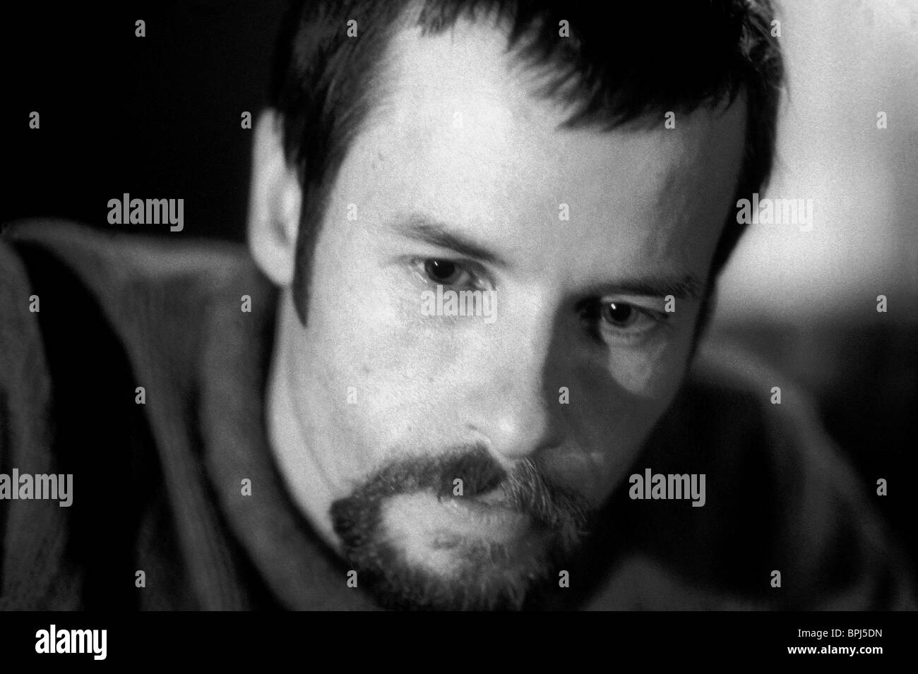 GUY PEARCE TILL HUMAN VOICES WAKE US (2002) - Stock Image