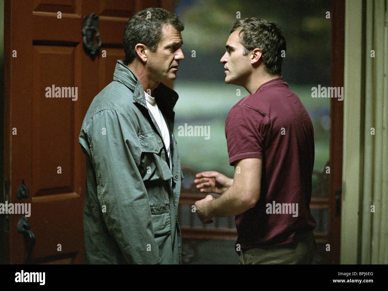 Mel Gibson Joaquin Phoenix Signs 2002 Stock Photo Alamy