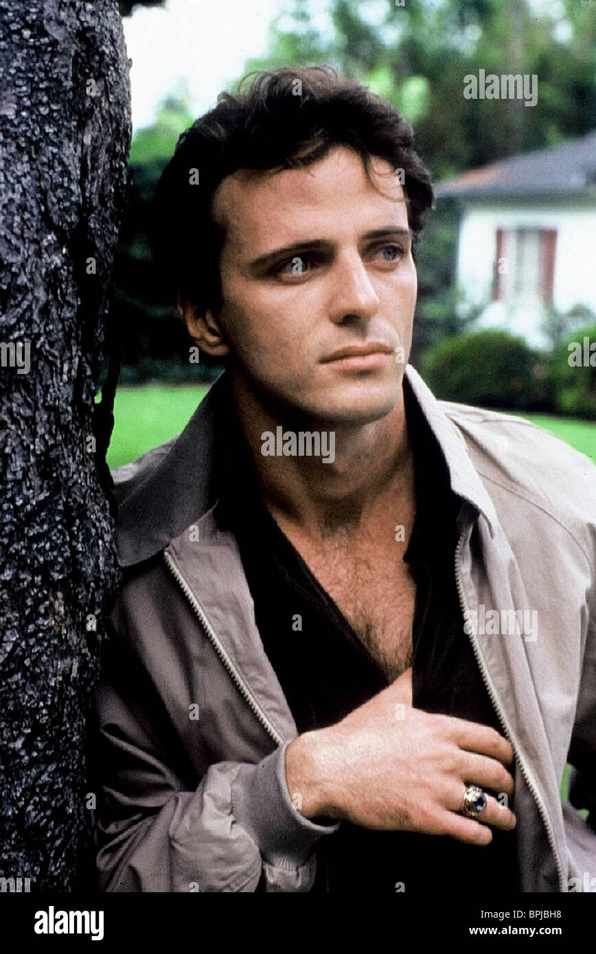 AIDAN QUINN AN EARLY FROST (1985) - Stock Image