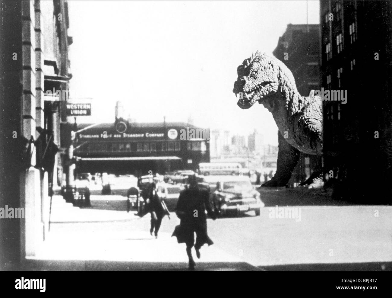 MONSTER THE BEAST FROM 20 000 FATHOMS (1953) - Stock Image